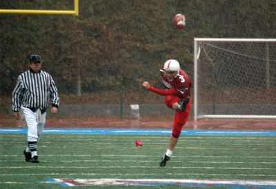 RILEY ROZANSKI Kicking.com photo
